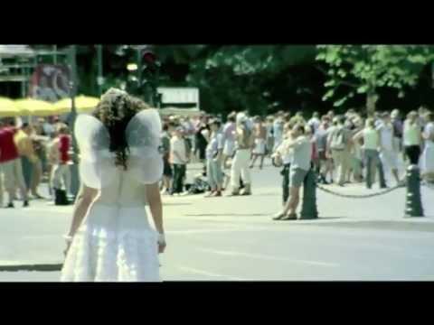 Dance 4 Life - DJ Tiesto (Video)