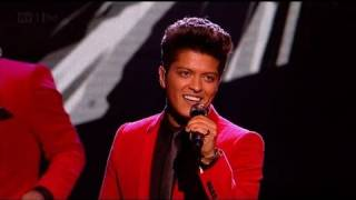 Video Runaway Baby with Bruno Mars - The X Factor 2011 Live Results Show 3 - itv.com/xfactor MP3, 3GP, MP4, WEBM, AVI, FLV April 2018
