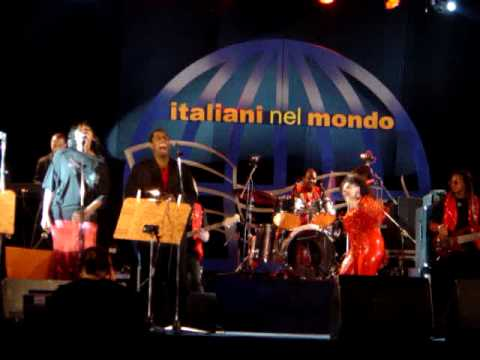 MILLIE JACKSON and KEISHA JACKSON live in Naples, Italy, 2004 - 6