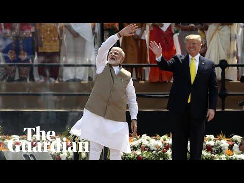 "Video - ""Namaste Trump"": Θερμή υποδοχή για τον Τραμπ στην Ινδία"