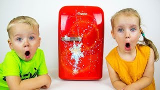 Gaby and Alex Playing with Magic Toy Refrigerator