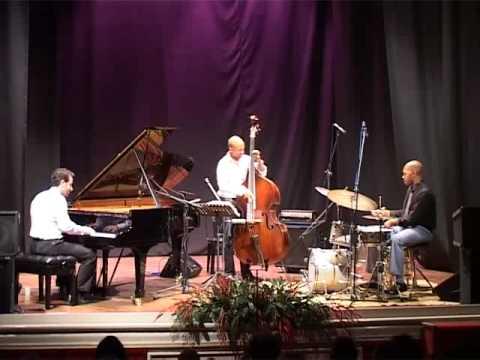Teatro Rossetti - Aaron Goldberg trio