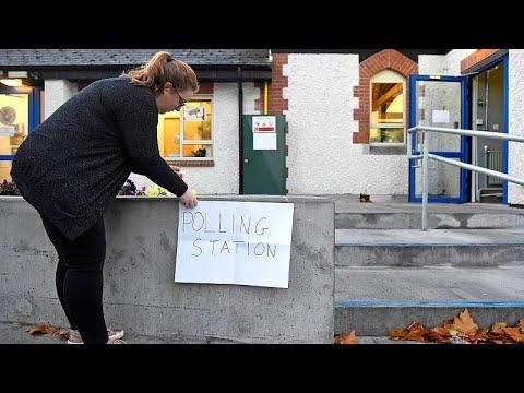 Ιρλανδία: Στις κάλπες οι πολίτες για τις προεδρικές εκλογές και το δημοψήφισμα…