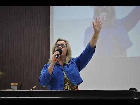 Questiona ou Adora, Andréia AD Itaú de Minas