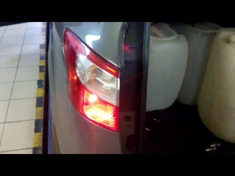 стекло на задний фонарь форд фокус 3