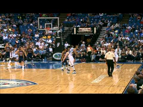 Maya Moore hits six 3-pointers with 29 points vs. Fever
