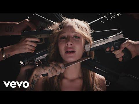 Chadia Rodriguez Sarebbe Comodo Official Video
