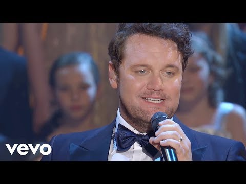 Bill & Gloria Gaither – Goin' Home [Live] ft. David Phelps