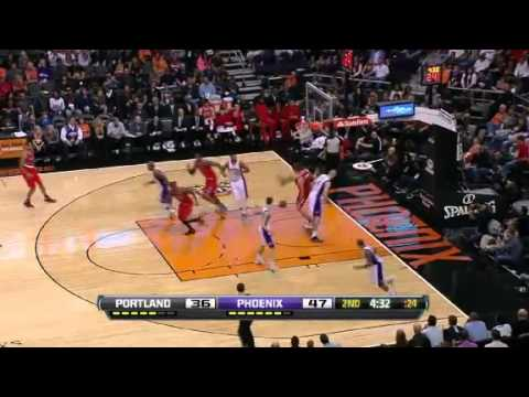 Wesley Matthews to Meyers Leonard alley oop dunk