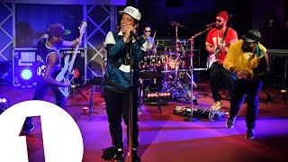 Video Bruno Mars covers Adele's All I Ask in the Live Lounge MP3, 3GP, MP4, WEBM, AVI, FLV Maret 2018