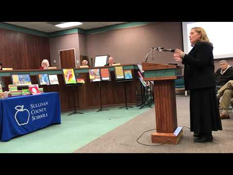 Video: Innovation Academy parent Elizabeth Hutton speaks against option of closing IA