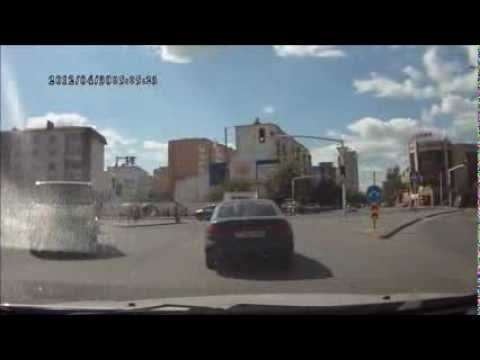 Ищу свидетелей  ДТП, Астана 01.09.2013 (Запись видеорегистратора)