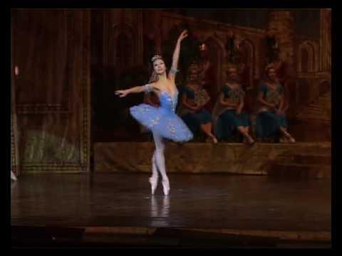 Ballet Bayadere ガムザッティ- KOIKE SAORI RUSSIA.avi
