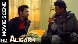 Nonton Aap Gay Hain Isliye   Manoj Bajpayee  Rajkummar Rao   Aligarh   Movie Scene Film Subtitle Indonesia Streaming Movie Download