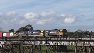 Gowanbrae Australia  city photos gallery : Australian Trains - locomotive overkill on this freight train!