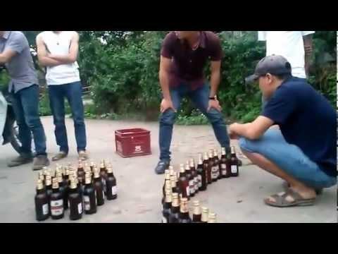 Thi mở nắp chai bia bá đạo nhất tôi từng được xem