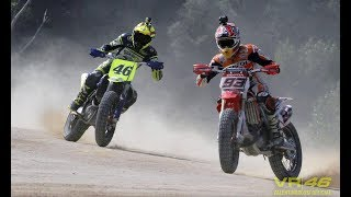 Video WAOW!!!! DUEL VALENTINO ROSSI VS MARC MARQUEZ DI SIRCUIT TANAH ^MotoCross 2017 MP3, 3GP, MP4, WEBM, AVI, FLV Juli 2018