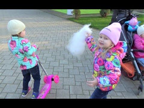 Алиса в Краснодаре!!! Встреча с подружкой Алиной!!! Дети гуляют и играют парке Развлечение для детей (видео)