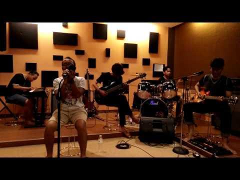 Video Ello - Takkan ada aku lagi (Cover by Fameri) | live studio download in MP3, 3GP, MP4, WEBM, AVI, FLV January 2017