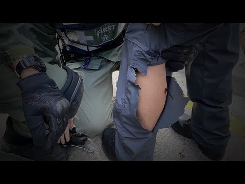 Video - Οι διαδηλωτές πυρπόλησαν την κεντρική είσοδο του Πολυτεχνείου