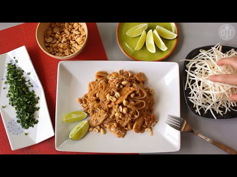 How to make pad Thai noodles at home
