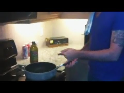 How To Cook With Your Asian Friend (Piques) ft. Esa Fungtastic