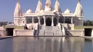 Temple (TX) United States  city pictures gallery : Hindu temple in Houston (Shree Swaminarayan Mandir, Houston, Texas)