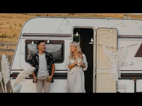 Alin si Emima Timofte - Iubirea (Official Video)
