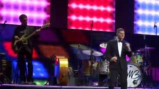 Michael Buble - Get Lucky (Daft Punk cover) with Naturally 7 -To Be Loved World Tour Sydney 10/05/14