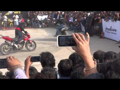 Video Pulsar Mania Stunt Show By Team Ghost Riderzz at Berhampore 2 download in MP3, 3GP, MP4, WEBM, AVI, FLV January 2017