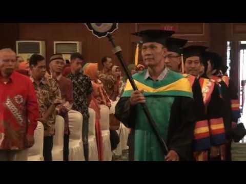 Wisuda STIE Dharmaputra 2017 Part 1