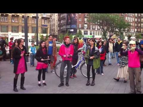 Ribiséta – SlutWalk Budapest 2013 – Kötelező körök