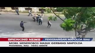 Video Detik-Detik Penangkapan Pria Mencurigakan di Samping Mapolda Riau MP3, 3GP, MP4, WEBM, AVI, FLV Oktober 2018