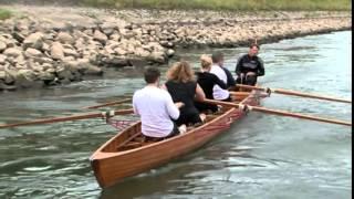 Eintauchen, durchziehen; eintauchen, durchziehen - als wenn die Schale abhebt. Alle sitzen im selben Boot - Hochgefühl. Dabei ist Rudern ein ...