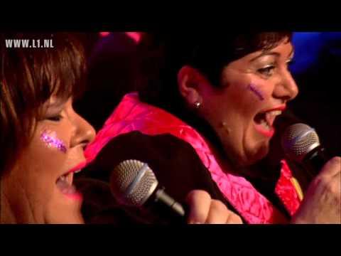 LVK 2011: nr. 18 - Duo X-Elle - De straot op…! (Maastricht)