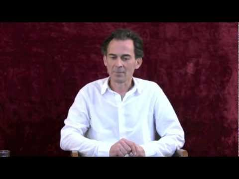 Rupert Spira Video: Why There Seems to Be Contradictions in the Teachings