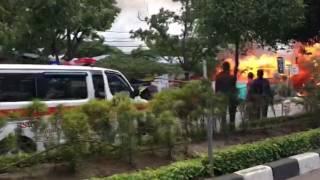 Video: Rumah Makan Samping RSUDZA Terbakar