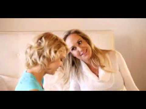 gratis download video - Mom-and-daughter-Brandi-Love-and-Dakota-Skye-free