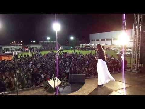 Show Ana Paula Leal em Narandiba SP