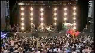 Kasabian - Stuntman (T In The Park, 10.07.2005)