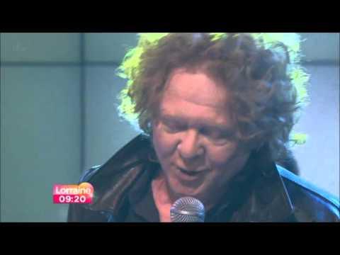 Tekst piosenki Mick Hucknall - Don't Let Me Be Misunderstood po polsku