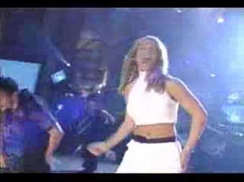 Britney Spears – Sometimes/Crazy LIVE