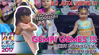 Video Lihat Chico Radella Goyang, Gempi Ikutan Goyang  - Mom & Kids Awards 2017 (13/12) MP3, 3GP, MP4, WEBM, AVI, FLV Juni 2018