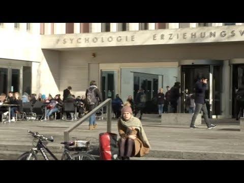 Festnahme in Frankfurt am Main: Zivilpolizistin übe ...