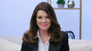 Video Lisa Vanderpump Addresses RHOBH Dorit Dog Drama (Exclusive) MP3, 3GP, MP4, WEBM, AVI, FLV Maret 2019