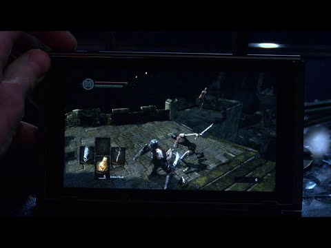 Dark Souls Remastered (Nintendo Switch Handheld Mode): Quick Look