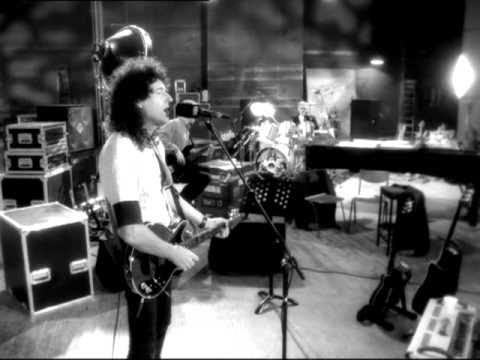 Queen - No One But You (Only The Good Die Young) [Official Video]