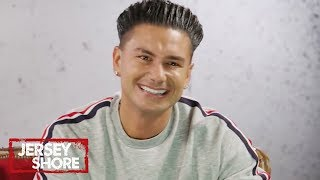 Video Jersey Shore Cast Reacts To Pauly D's OG Casting Tape | Jersey Shore: Family Vacation | MTV MP3, 3GP, MP4, WEBM, AVI, FLV Juli 2018