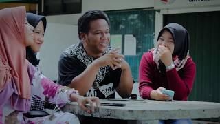 Download Video Ciri-ciri Urang Minang di Parantauan - Opetra MP3 3GP MP4