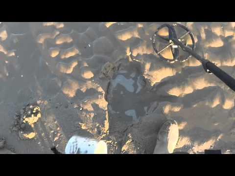 Ringfinder metal detecting sand scoop E Bay000